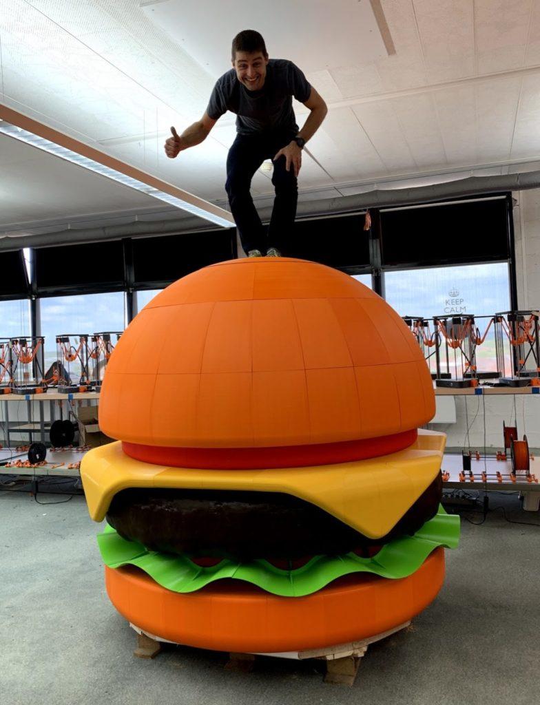 Burger géant 3D le comptoir volant